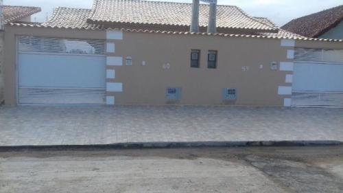 bela casa nova no balneário tupy 3895