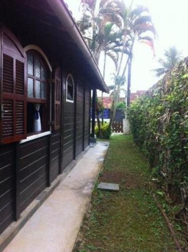 bela casa pré-fabricada no jardim grandesp, em itanhaém