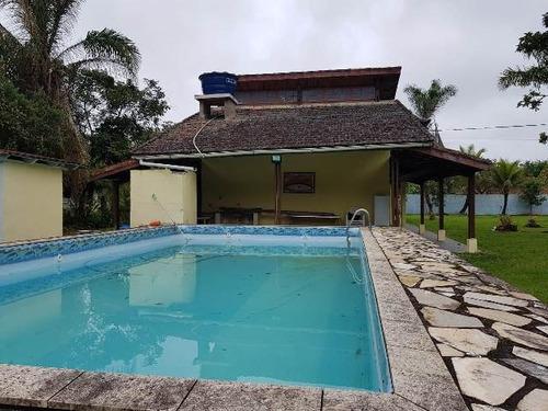 bela chácara com 2 dorm. e piscina, itanhaém-sp, confira!