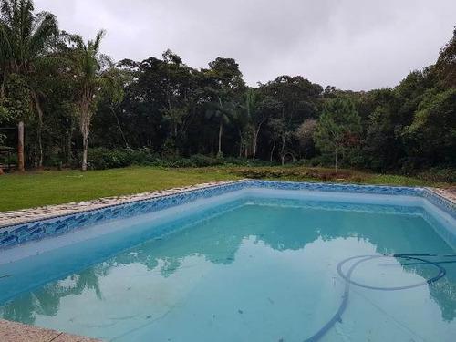 bela chácara com piscina e 2 dormitórios, em itanhaém-sp
