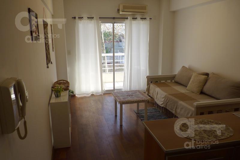 belgrano. departamento 2 ambientes con balcón y amenities. alquiler temporario sin garantías.