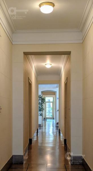 belgrano r. departamento 2 ambientes en bonito edificio