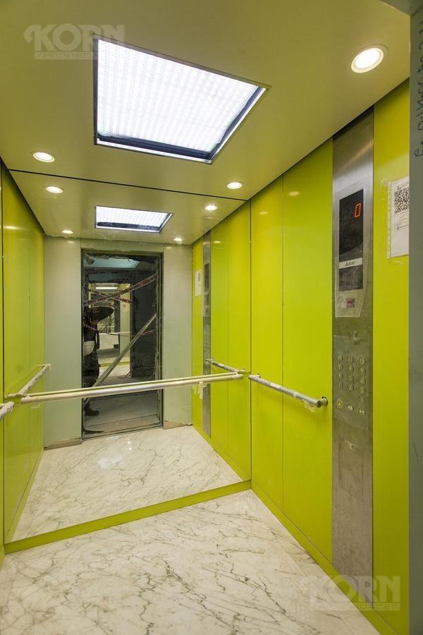 belgrano - venta duplex 4 ambientes c/escr., dependencia, azotea y 2 cocheras a estrenar