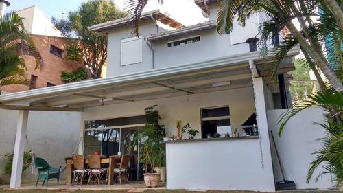 belíssima casa alto padrão 400 metros 4 quartos suíte 2 escritórios 4 vagas em condomínio fechado com piscina e churrasqueira!!! - ca1448