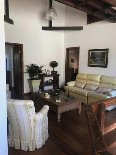 belíssima casa com 4 suítes, lavabo, hall social. mari 79582