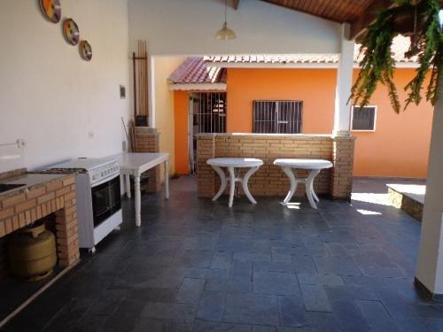 belíssima casa com piscina, no cibratel 2, em itanhaém.