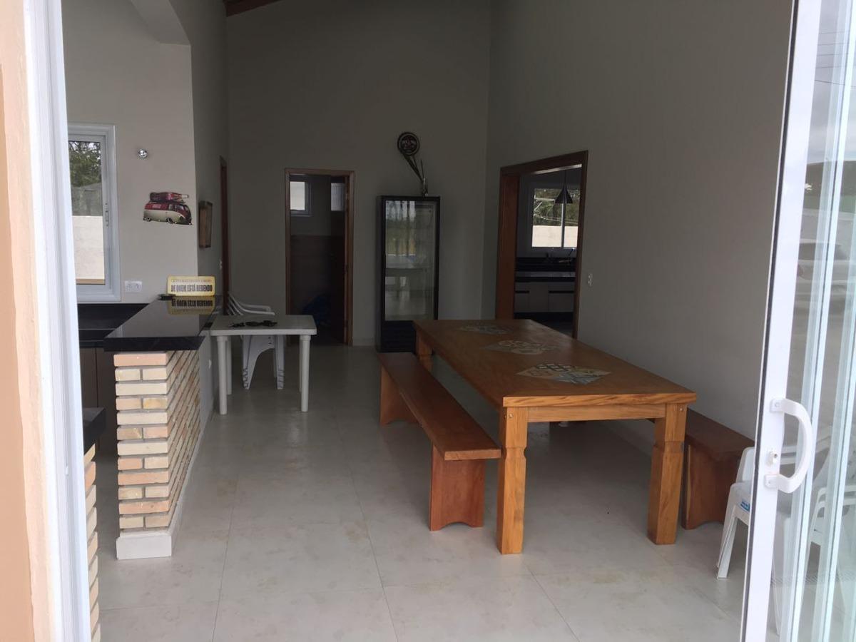 belíssima casa de campo nova com 04 dormitórios - mairinque!