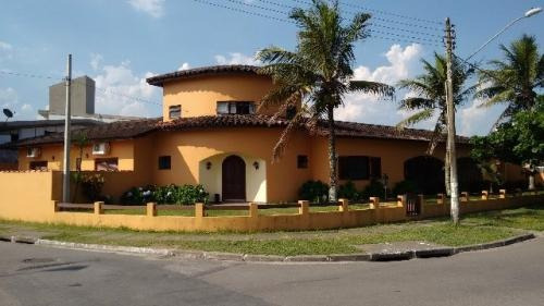 belíssima casa no cibratel 4190