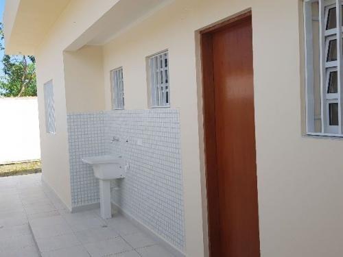 belíssima casa no savoy, em itanhaém