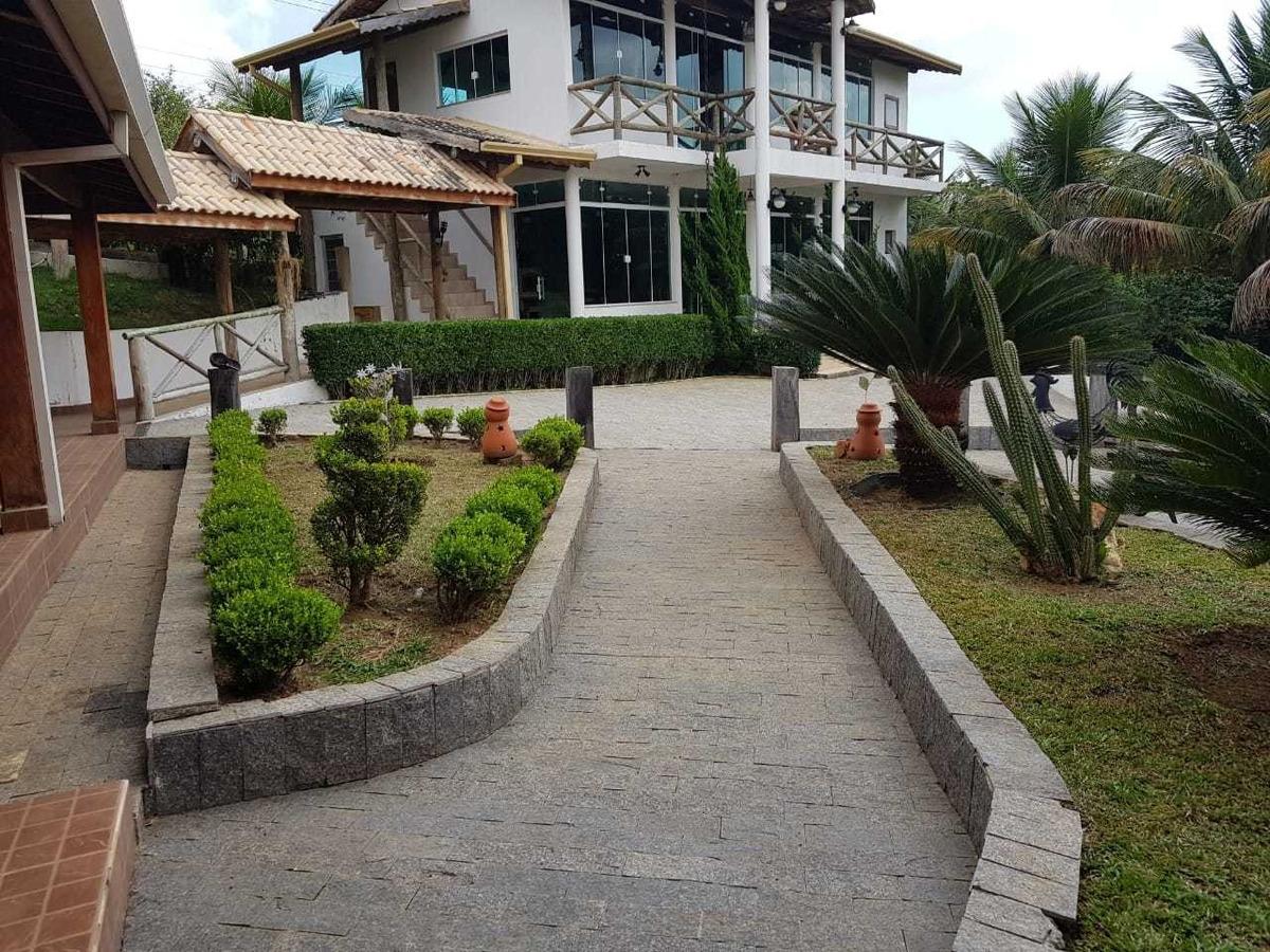 belíssima chácara 2.200 m2 condomínio (1