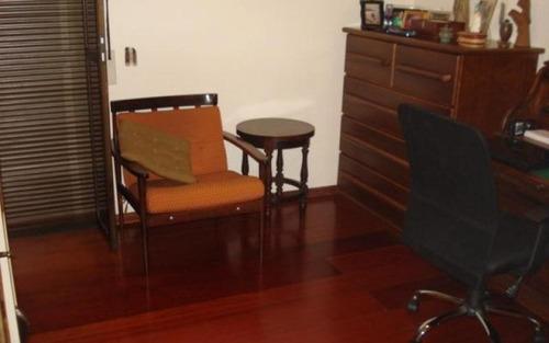 belíssimo apartamento com varanda e lareira. à venda, morumbi, são paulo.