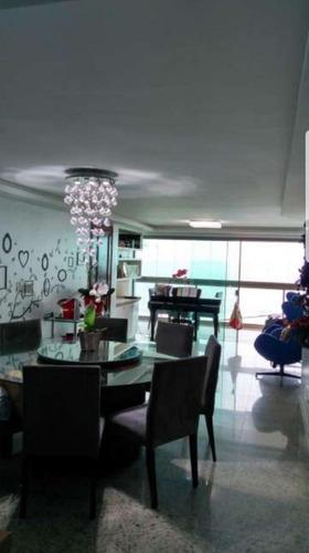 belíssimo apartamento frente mar, 03 suítes totalmente mobil