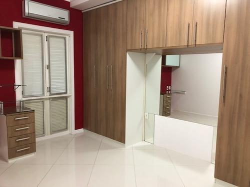 belíssimo apartamento no condomínio do porto bracuhy