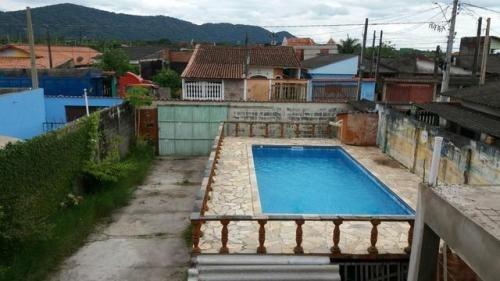 belíssimo sobrado com piscina, no nova itanhaém, em itanhaém