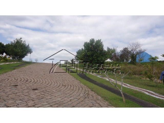 belíssimo terreno plano - frente para a área verde