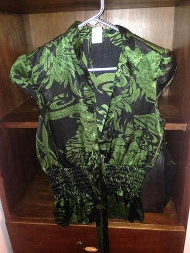 bella camisa color verde y negro