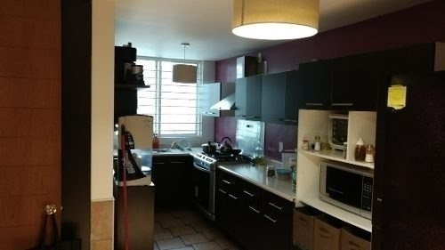 bella casa de 5 recamarasy 4 baños,  terrazas y areas verdes