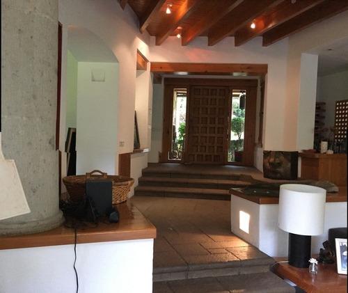 bella casa en rancho san francisco, 2 niveles. álvaro obregón.