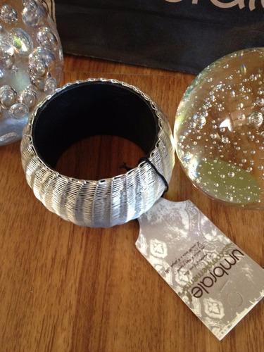 bella pulsera tejida umbrale color plateado accesorios