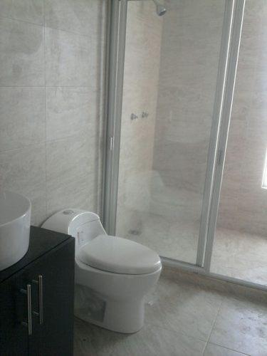bellisima casa nueva en venta en fracc el mirador qro. mex.