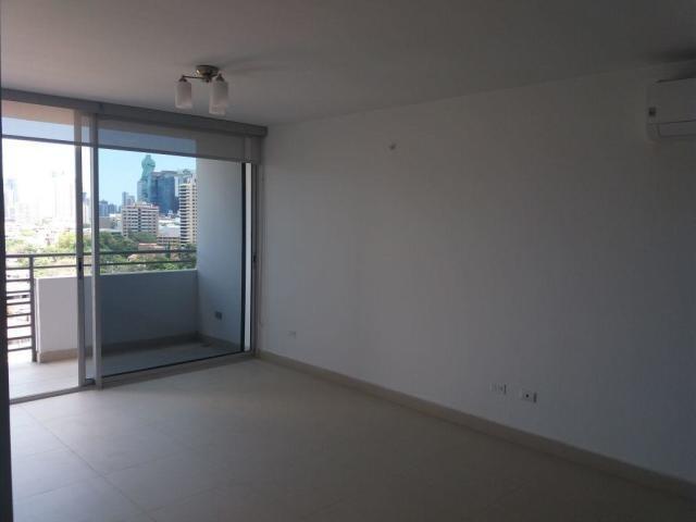 bello apartamento en alquiler en el carmen panama cv