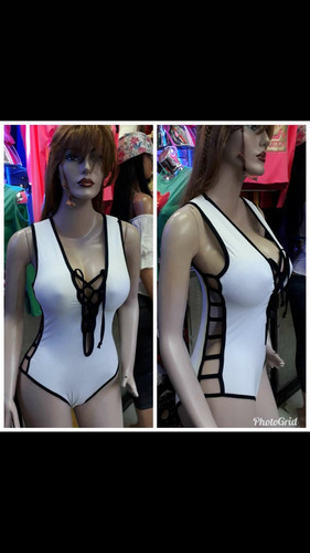 bello body con transparencias de vestir