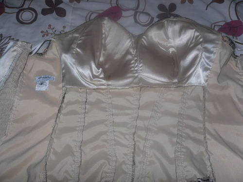 bello corset andartu marron con encajes talla m