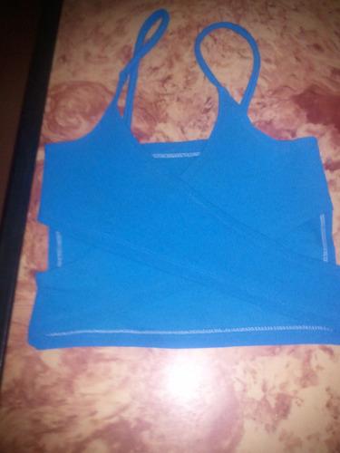 bello crop top color azul
