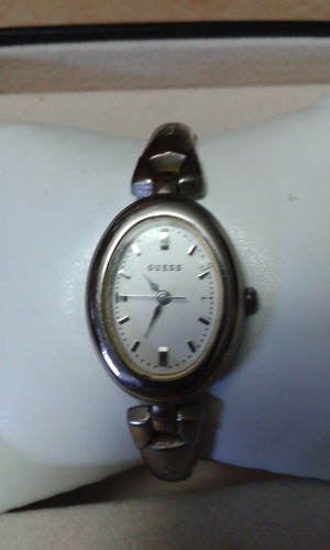 bello reloj guess metalico plateado original