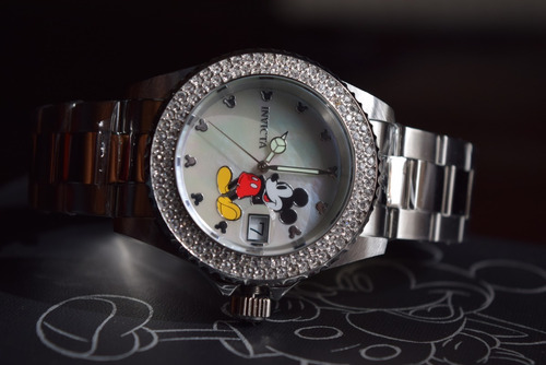 bello reloj invicta ed limitada disney cristal tiempo exacto