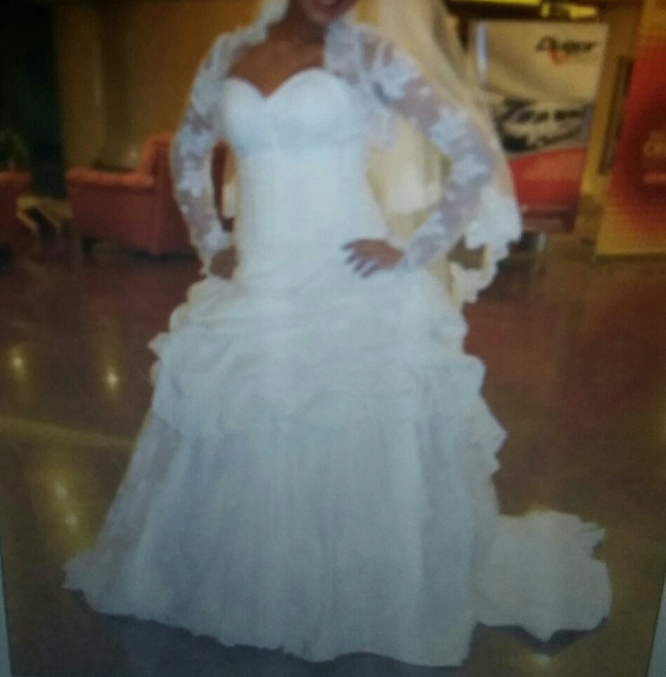 Bello Vestido De Novia Importado - Bs. 400.000,00 en Mercado Libre