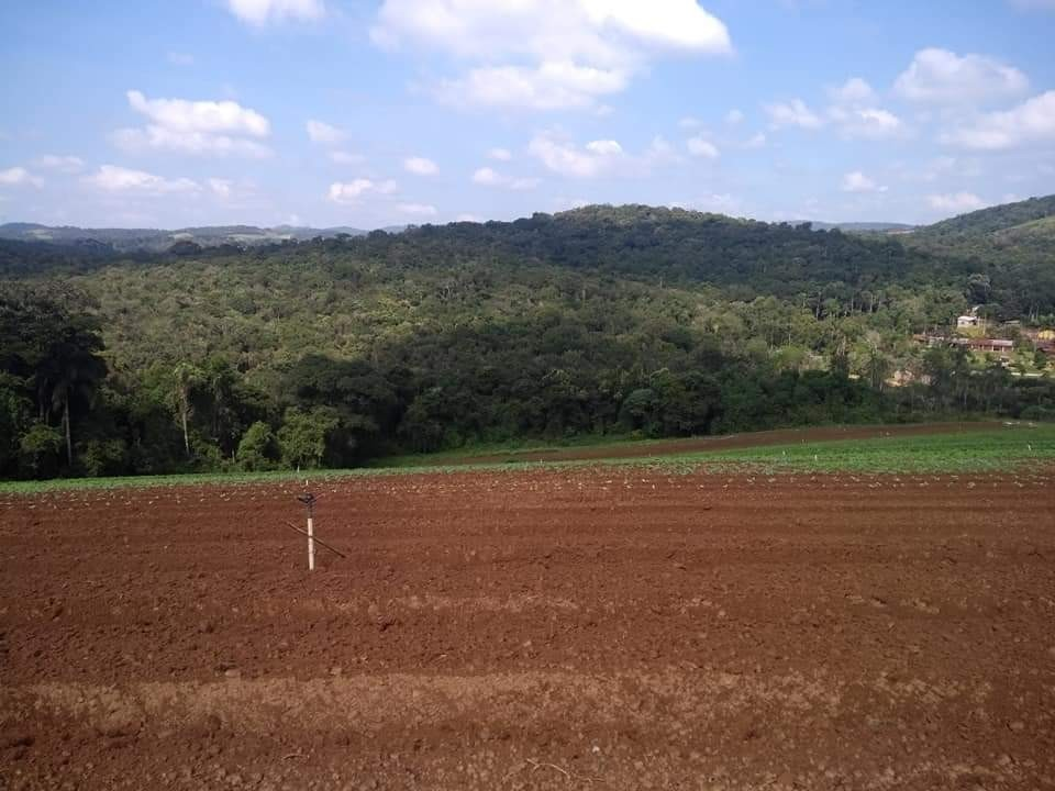 belos terrenos em ibiúna para construir  ca.