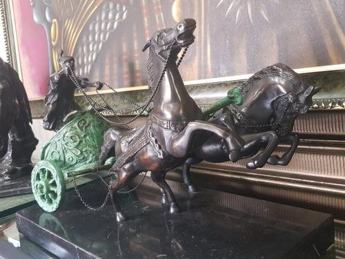 ben-hur carroza romana en bronce sobre marmol