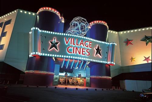 beneficio 2x1 entradas 2y3 d village cines showcase atlas