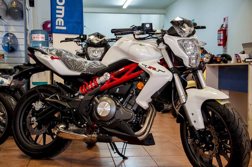 benelli 300 benelli tnt 300 naked