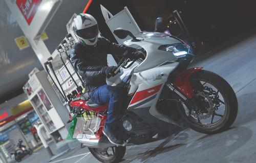 benelli 302 r 0km  riccia motos
