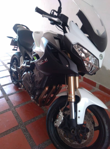 benelli  501 cc o más