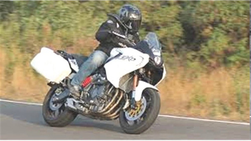 benelli gt 600