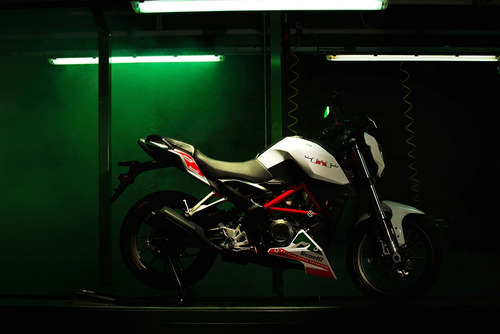 benelli tnt 125 naked