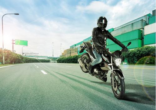 benelli tnt 15 0km  cycles okm 2020