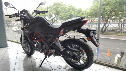 benelli tnt 250 deportiva 6 velocidades inyeccion electronic