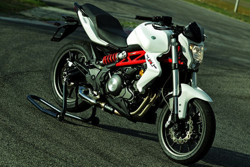 benelli tnt 300 naked motos