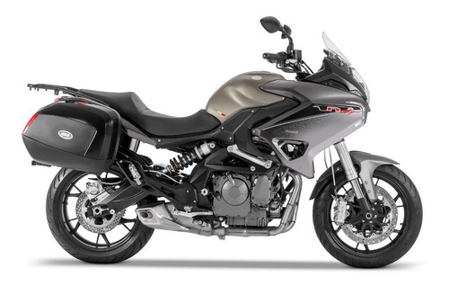benelli tnt 600 gt 0km  touring  riccia motos