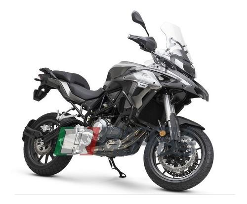benelli touring motos