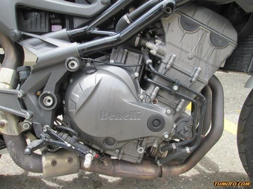 benelli trek 899 501 cc o más