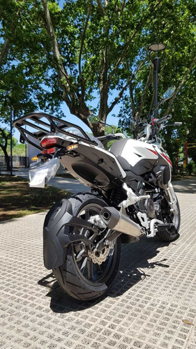 benelli trk 251 version st metzeler, en stock