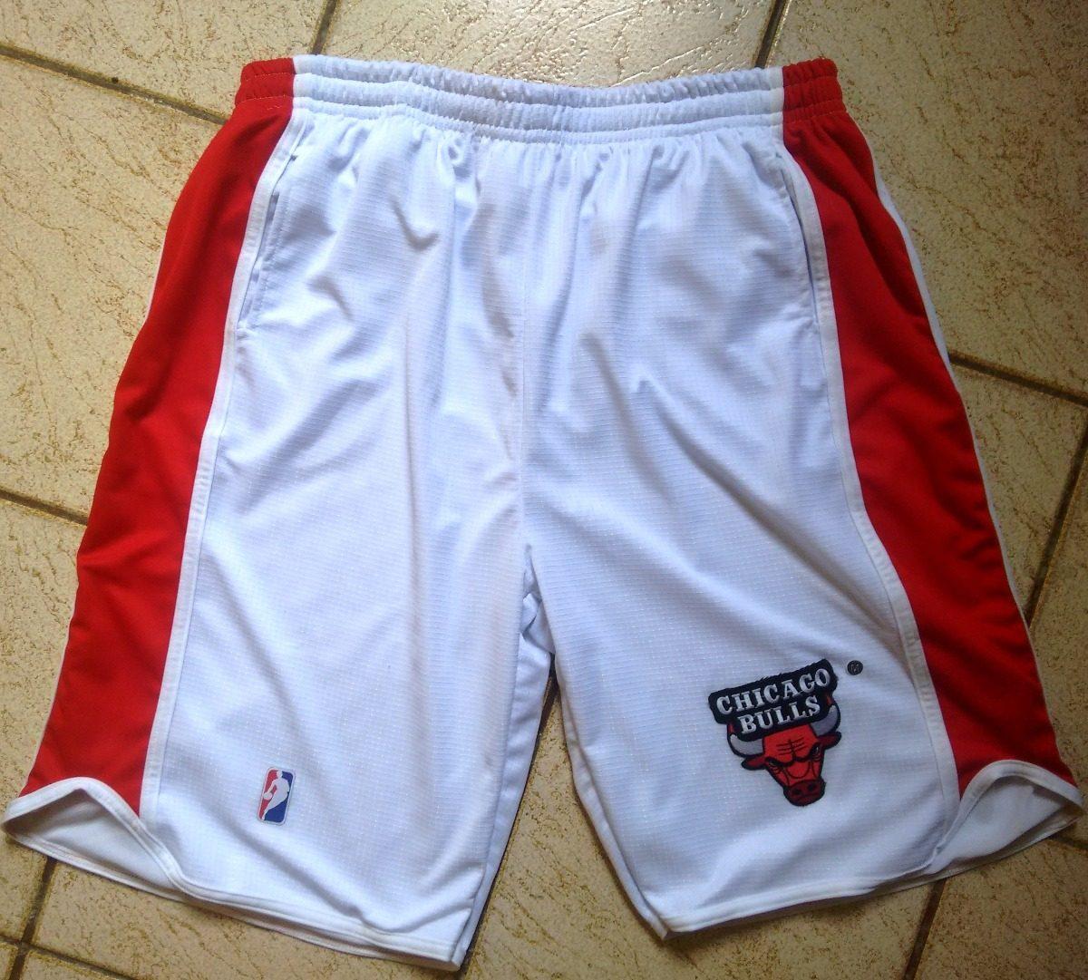 bermuda calção short basquete chicago bulls branco bordado. Carregando zoom. 79e9747a2fd67