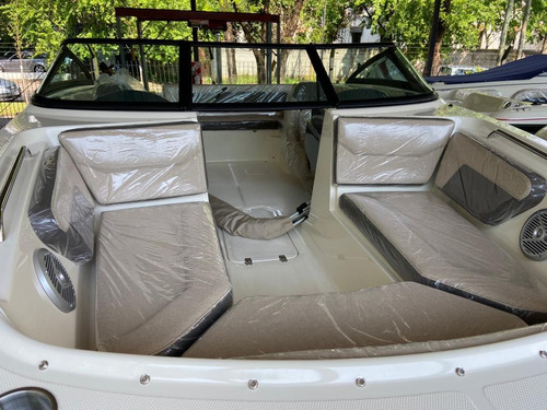 bermuda discovery con mercury 150 hp 4 t  stock disponible