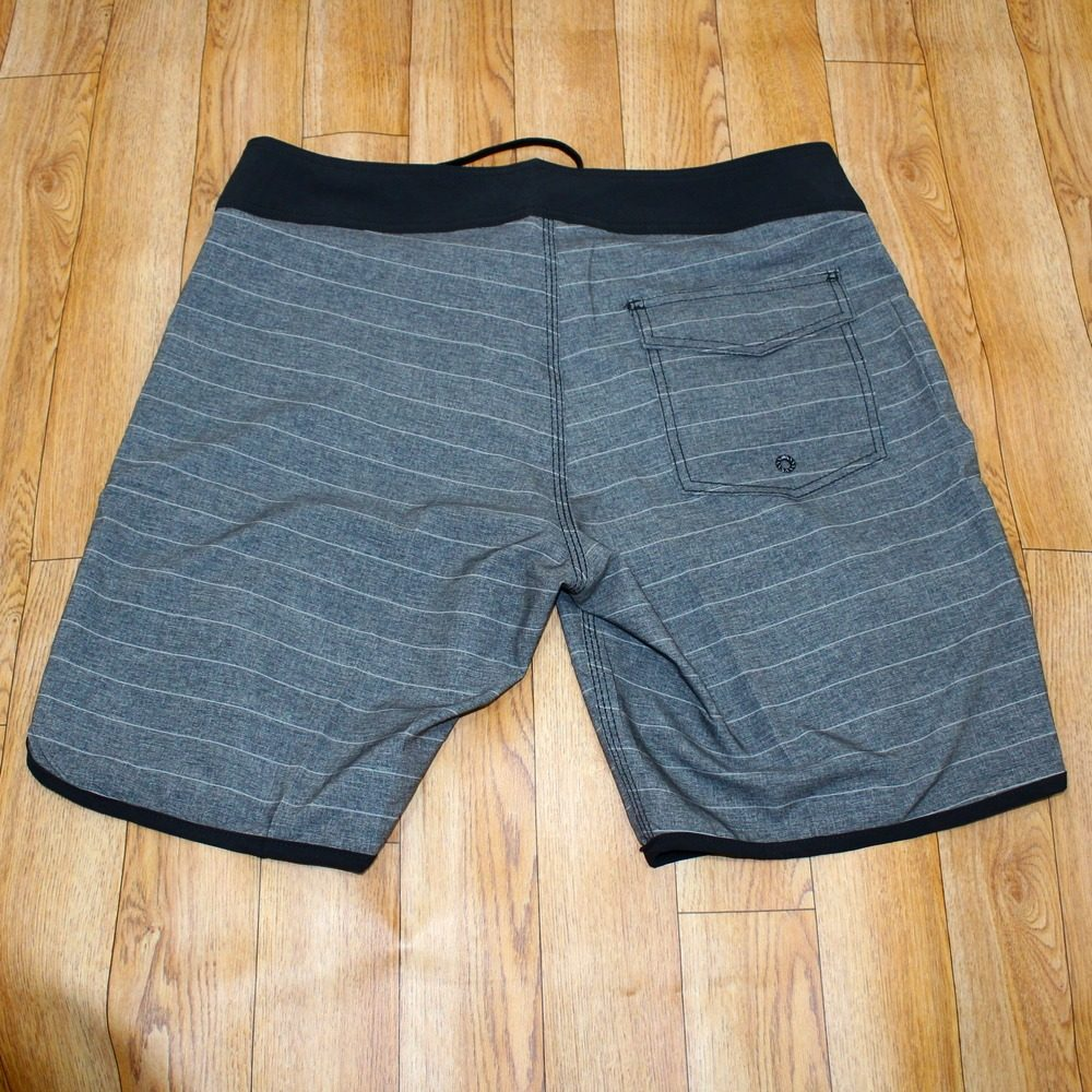 Pantaloneta Bermuda Para Hombre Fox -   49.900 en Mercado Libre afe35b8ca881