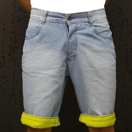 bermuda jeans masculina com barra xadrez
